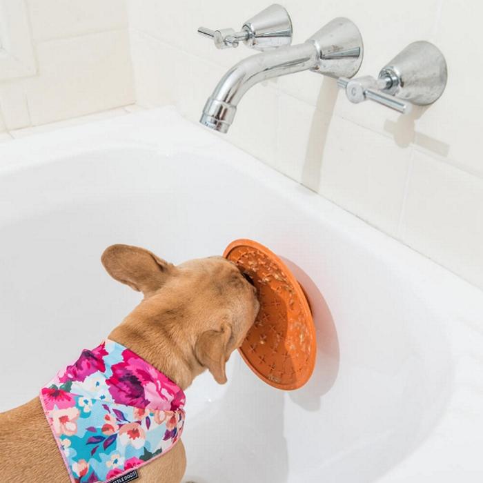 LickiMat Splash with Dog