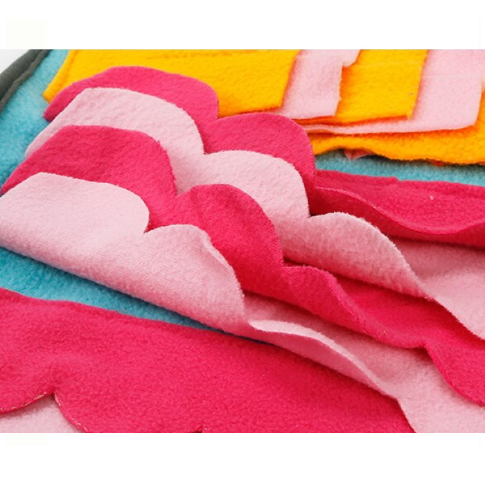 Large Snuffle Activity Mat Blue_Yellow_Pink Detail