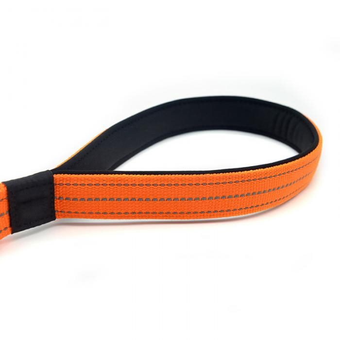 2 in 1 Dog Leash Seatbelt Connector Neoprene Handle