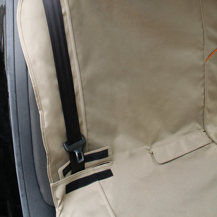 Kurgo Bench Seat Cover_SeatBelt