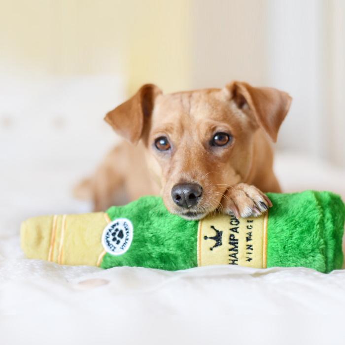 Zippy Paws Crusherz Dog Toy_Champagne_Jack