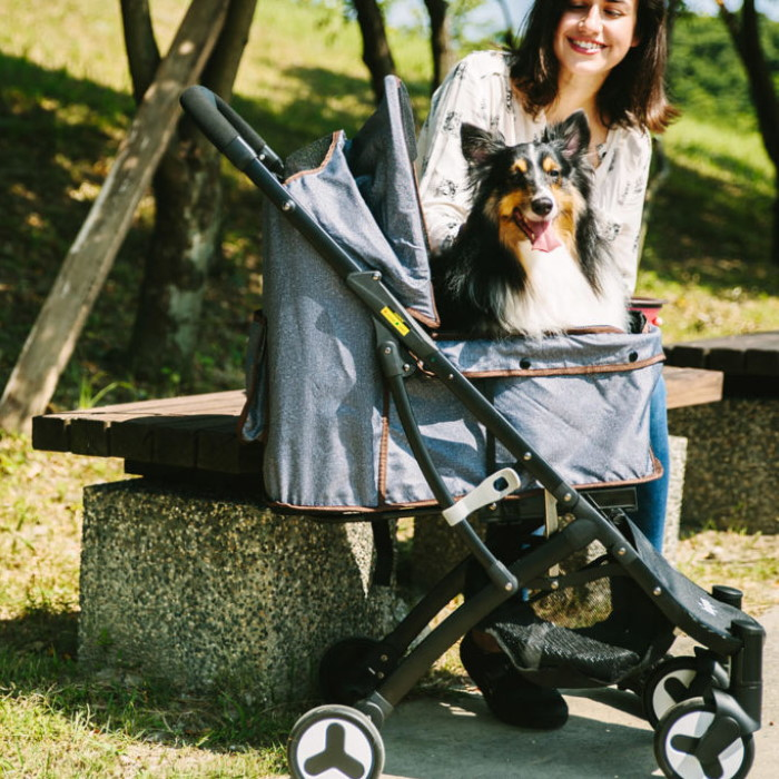 Ibiyaya Speedy Fold Compact Pet Buggy Grey Denim Lifestyle 2