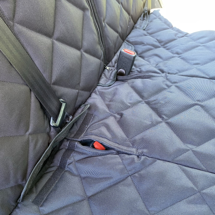 Pawmanity Bench Car Seat Cover_Seat Belt Slits