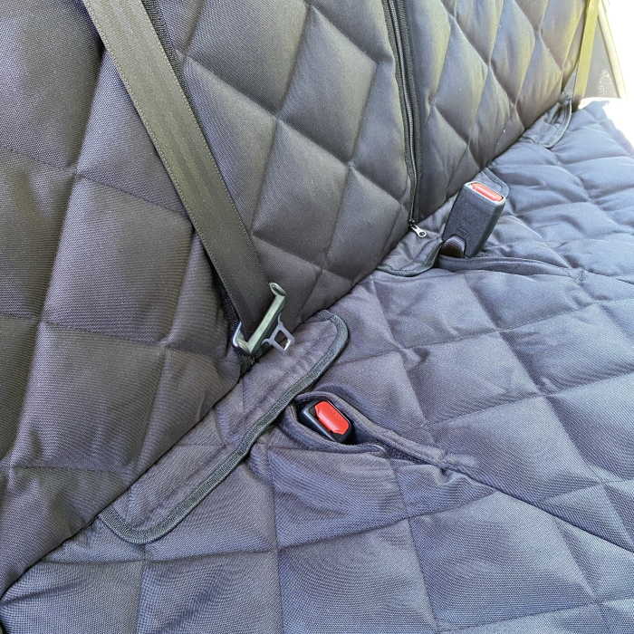 Pawmanity Bench Car Seat Cover_Seat Belt Slots