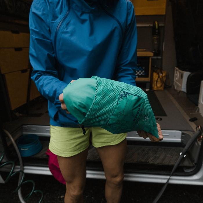 Ruffwear Dirtbag dog drying towel jacket_Aurora Teal LS2