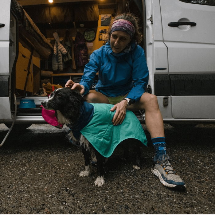Ruffwear Dirtbag dog drying towel jacket_Aurora Teal LS8